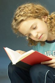 Little_girl_reading_book_4.jpg